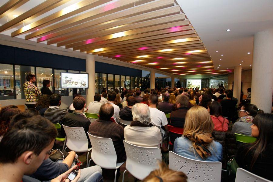 Actiu hosts the FAD 2012 Awards and a vibrant Pecha Kucha 7