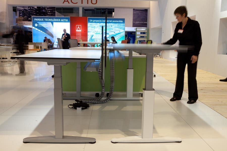 ACTIU attracted more than 1000 professionals from the sector interested in knowing the new solutions for work spaces to Ofitec 8