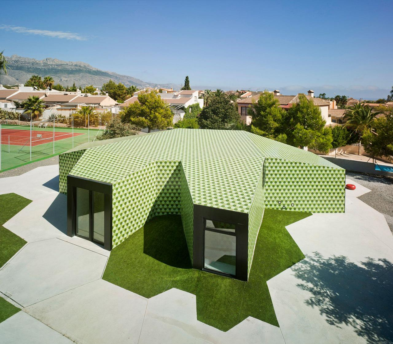 Crystalzoo, awarded the Architizer A+Awards for 'The Administrative Extension in La Nucia' 1