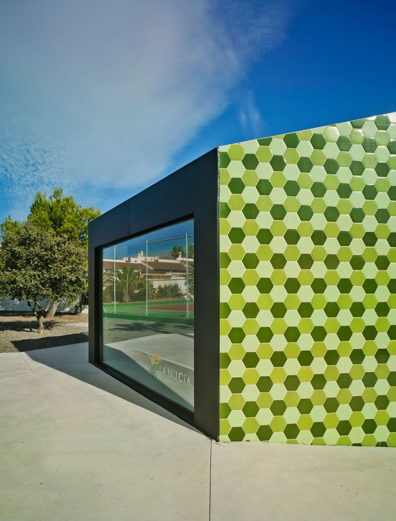 Crystalzoo, awarded the Architizer A+Awards for 'The Administrative Extension in La Nucia' 4