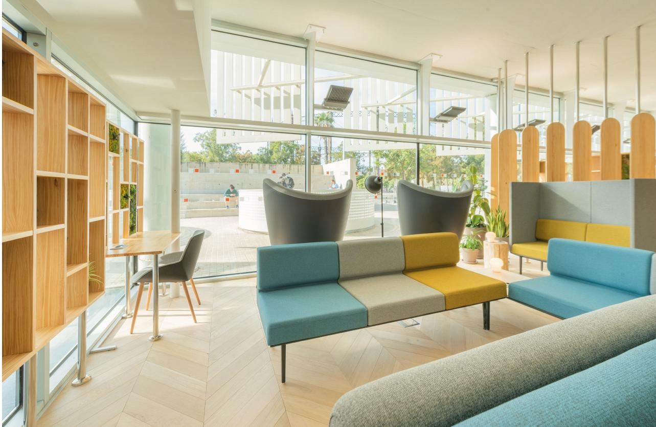 Therapeutic spaces, when the design of the hospital environment acts as a third caregiver 3