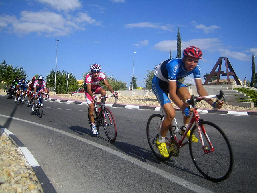 La Vuelta passing by Actiu 11