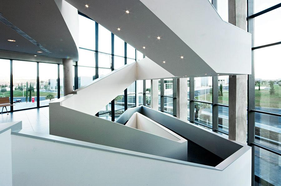 Actiu Technology Park staircases, a differentiating architectural element 2
