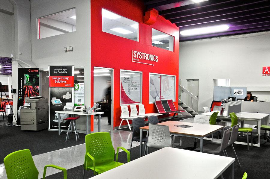 Systronics merge technology and Actiu furniture into its new offices in Puerto Rico 3
