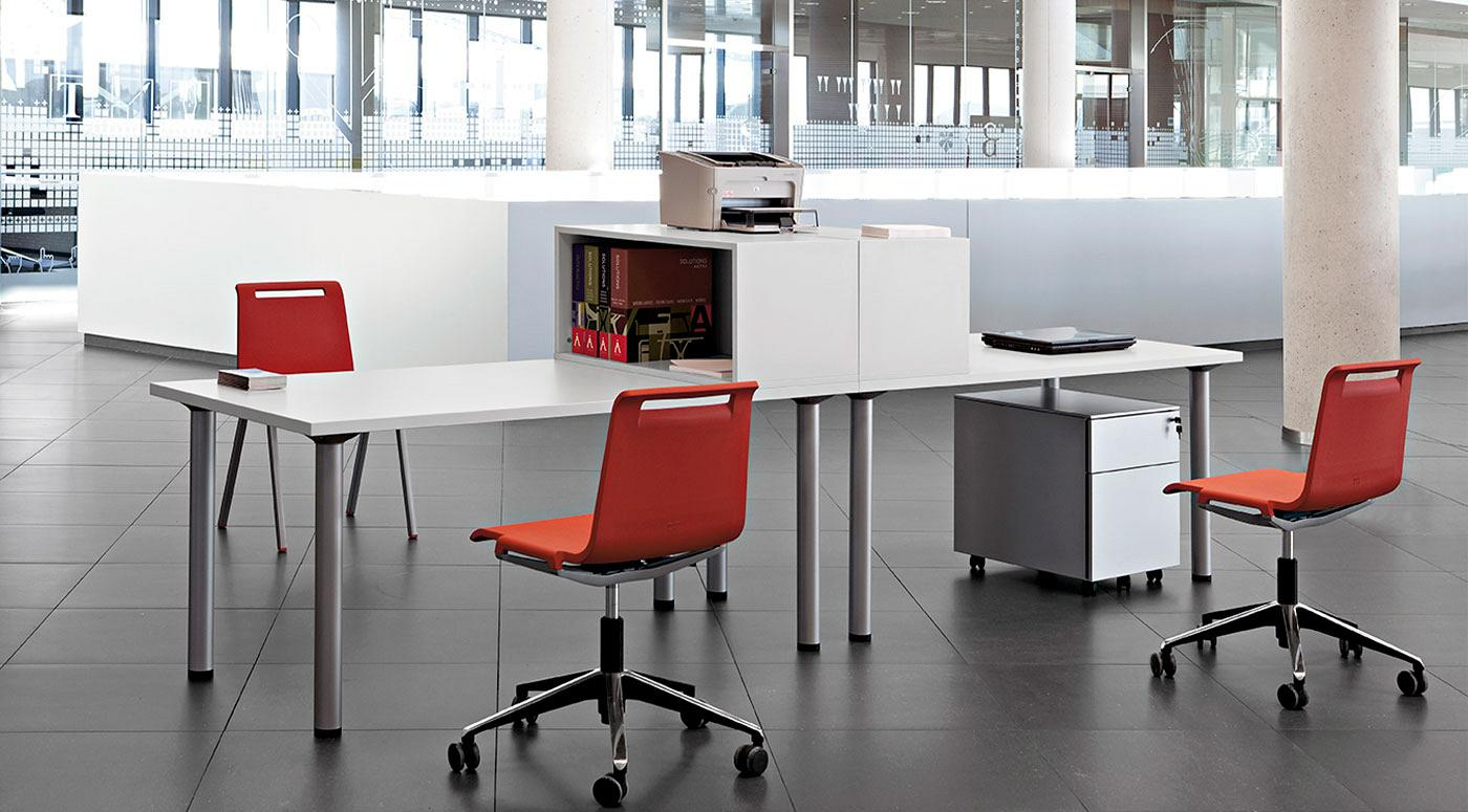 Cool Office Desk. For Call Centers and Work Areas  Actiu