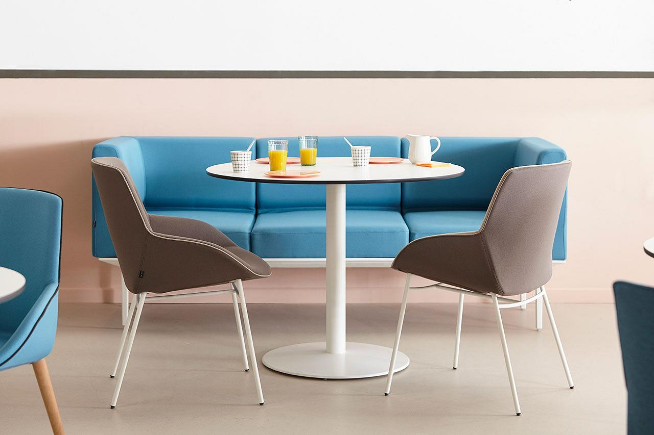 Noom Actiu | Armchairs and chairs that humanize the space